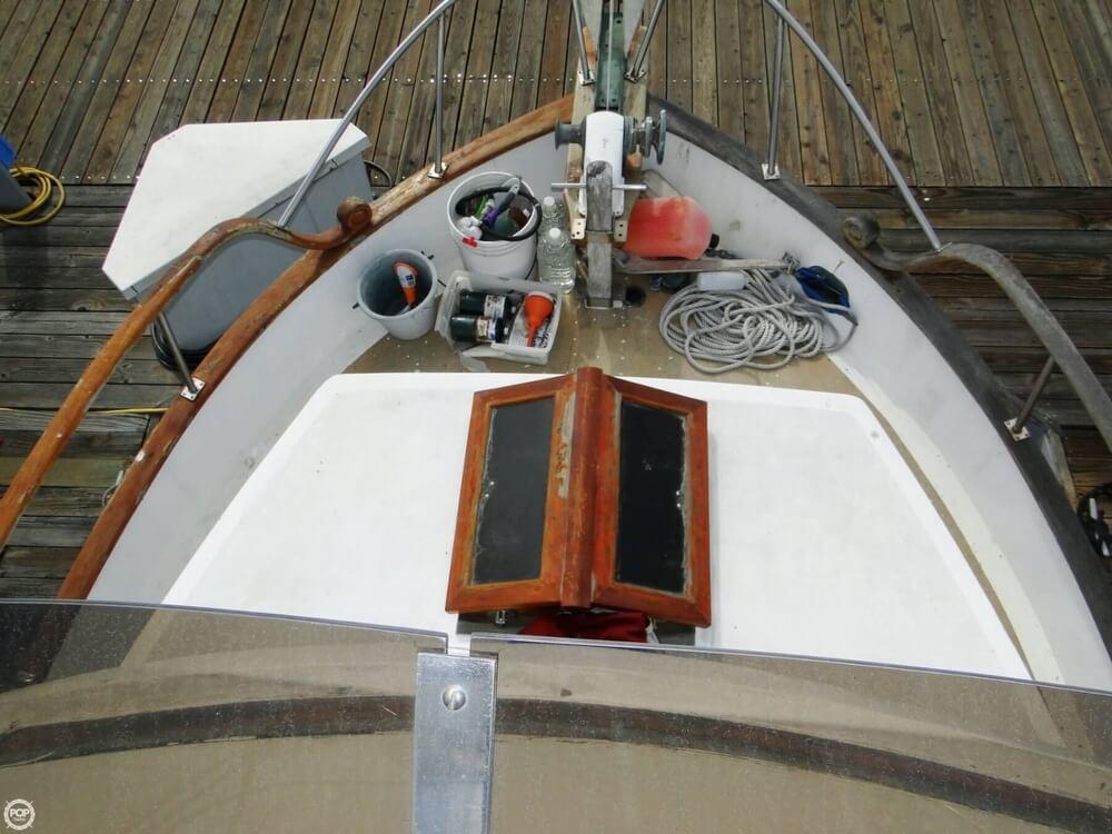 1977 C & L Trawler 34 - Photo #5