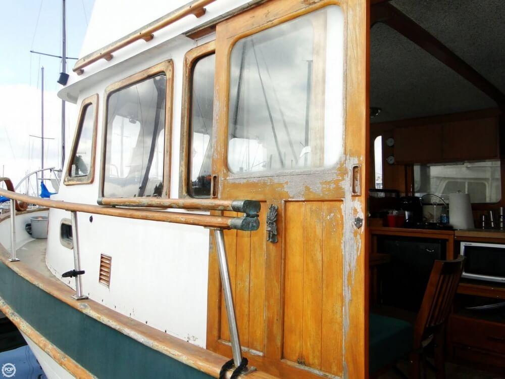 1977 C & L Trawler 34 - Photo #10