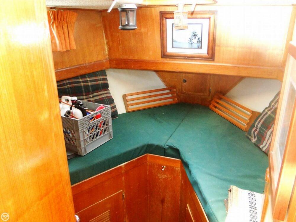 1977 C & L Trawler 34 - Photo #15