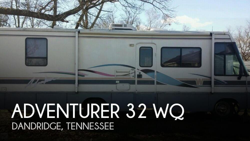 1996 Winnebago Adventurer 32 WQ