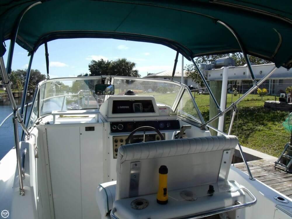 1999 Key West 2300 WA - Photo #4