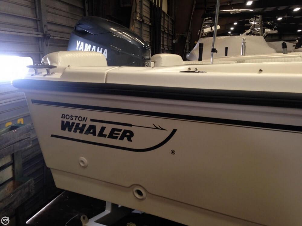 1997 Boston Whaler Dauntless 20 - Photo #12