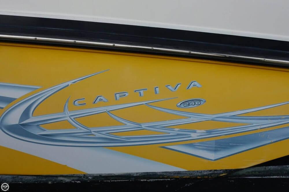 2010 Rinker Captiva 246 - Photo #13