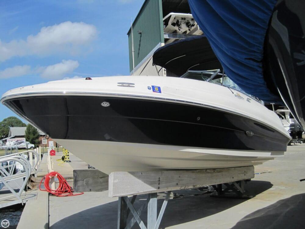 2006 Sea Ray 220 Sundeck - Photo #3